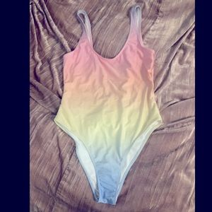 🎉 3 FOR $25 🎉  Forever 21 one piece swimsuit